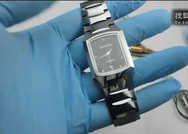 点击观看《Square tungsten steel watches》