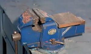 台虎钳 - 钳工常用工具 - 机加工
