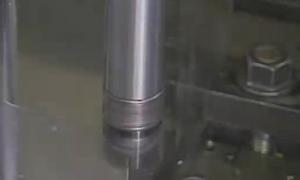 可换式钨钢铣刀去毛边