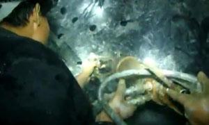 劈裂机洞采钨矿视频